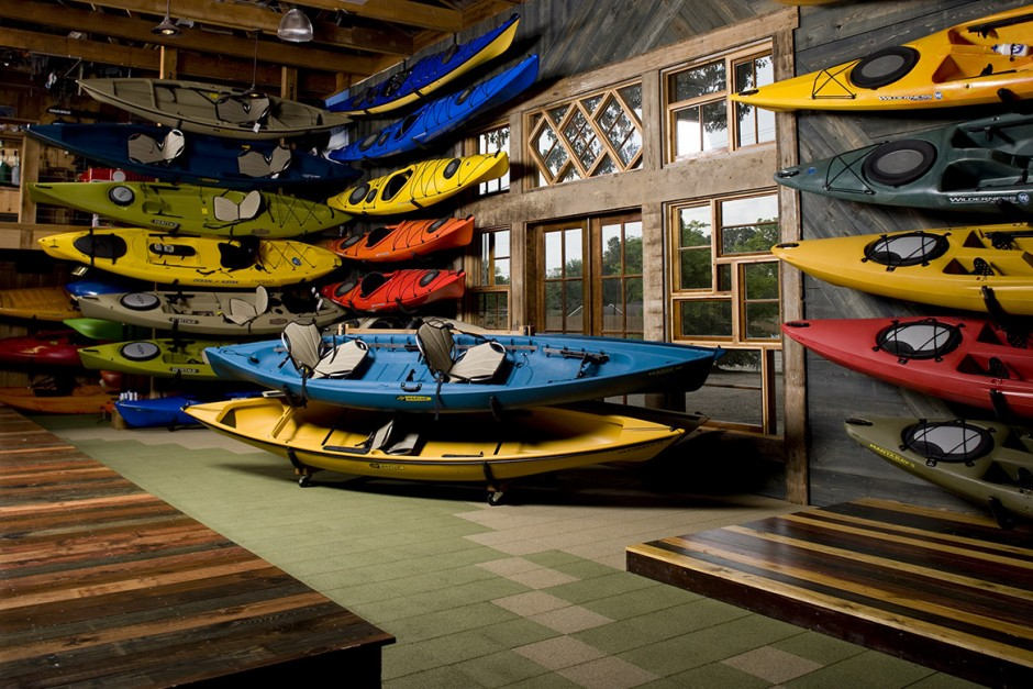 Canoe Store